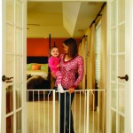Regalo Easy Open 50 Inch Super Wide Walk Thru Gate Description and Reviews