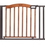 Summer Infant Decorative Wood & Metal 5 Foot Pressure Mounted Gate, Brown/Black – Questions & Answers