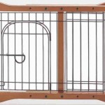 Richell Wood Pet Sitter Gate, Autumn Matte Finish – Questions & Answers
